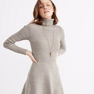 Abercrombie Gray Turtleneck Sweater Dress